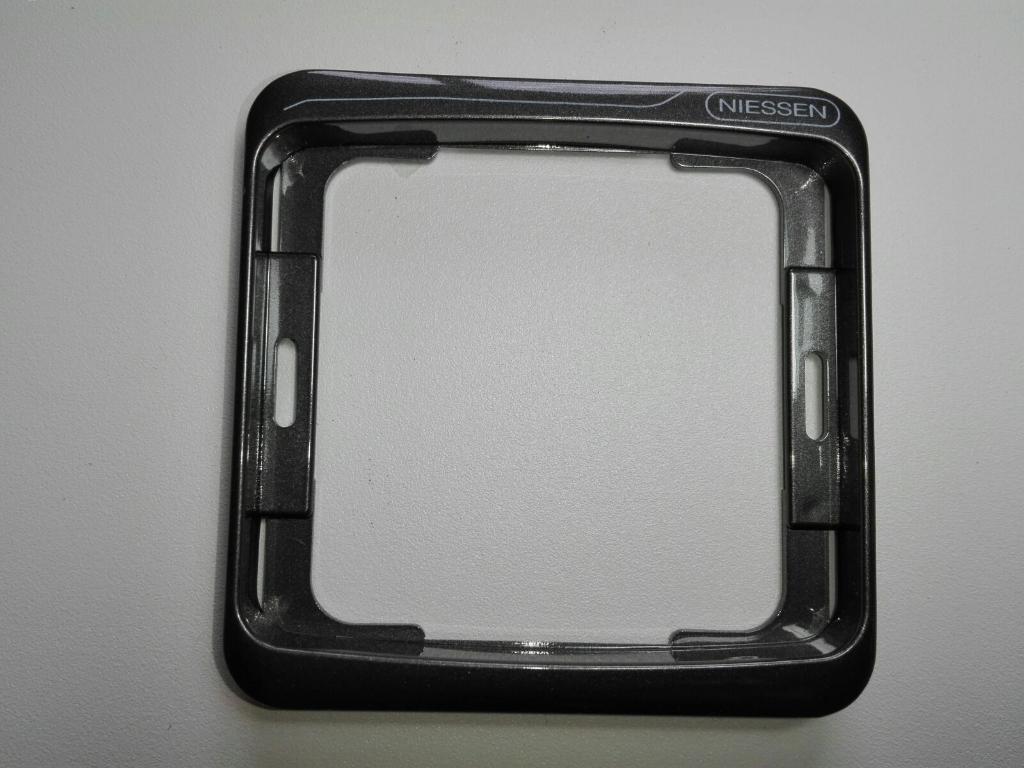 NIESSEN ARCO marco tecla 8270 grafito